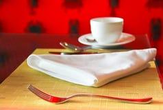 Kaffee auf Tabelle Lizenzfreie Stockbilder
