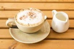 Ein Tasse Kaffee Latte. Stockbilder