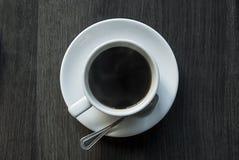 Ein Tasse Kaffee von der Spitze lizenzfreie stockfotografie