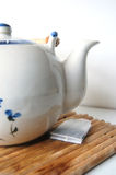 Ein Teekanneprofil Lizenzfreie Stockfotos