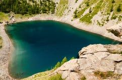 Ein tiefes blaues klares Wasser Lizenzfreie Stockfotos