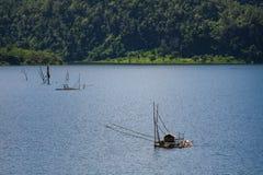 Ein traditionelles Fischernetz in Sangklaburi Stockfoto