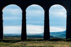 Ein Trio von Bögen an Ribblehead-Viadukt, Yorkshire Lizenzfreie Stockfotografie