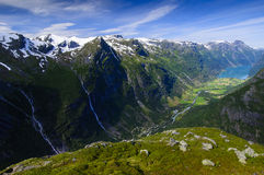 Ein Trogtal von Norwegen lizenzfreie stockfotos