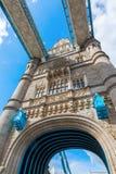 Ein Turm der Turm-Brücke in London, Großbritannien Stockbild