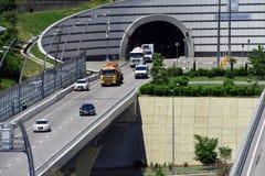 Ein- und Ausgang des Tunnels Stockfoto