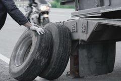 Ein Unfall auf der Straße lizenzfreie stockbilder