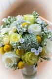 Ein Vase mit Blumen Lizenzfreie Stockbilder