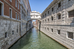 Ein venetianischer Kanal Stockbild