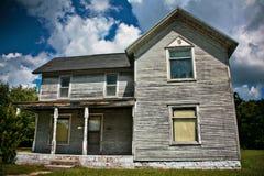 Ein verlassenes altes Haus Stockbild