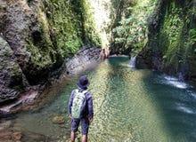 ein verstecktes Paradies im Land des Archipels lizenzfreie stockfotografie