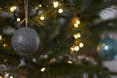Ein Weihnachtsball Lizenzfreies Stockbild
