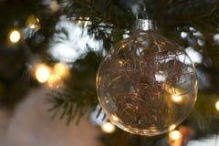 Ein Weihnachtsball Stockbilder