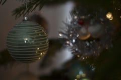Ein Weihnachtsball Lizenzfreies Stockfoto