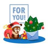 Ein Welpe, eine Tasche, Geschenke und ein Umschlag mit Tannenzweigen und runden Samenkapseln Lizenzfreies Stockfoto