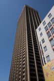 Ein Wolkenkratzer in Johannesburg Stockbilder