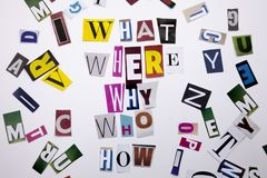 Ein Wortschreibenstext, der Konzept WELCHER WHO WO WARUM WIE FRAGEN gemacht vom unterschiedlichen Zeitschriftenzeitungsbuchstaben Stockbilder
