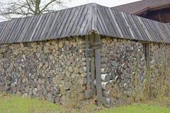 Ein Zaun hergestellt vom Holz Stockfotos