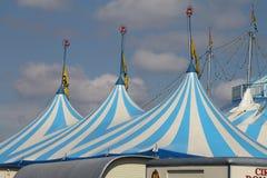 Ein Zirkuszelt stockfotografie