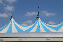 Ein Zirkuszelt lizenzfreie stockbilder