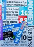 Eindämmung und Finanzierung: Zeitungsausschnitte. Stockfoto
