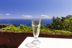 Eind van de metafoor van het vakantieconcept, leeg glas Royalty-vrije Stock Afbeelding