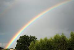Eind van regenboog Stock Afbeeldingen