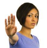 EINDE! De jonge vrouw houdt hand omhoog. Stock Foto's