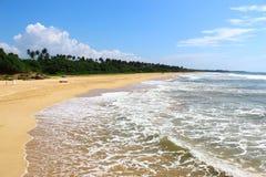 Eindeloos strand van Bentota Stock Fotografie