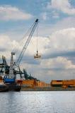Eindeloze rij van containers Royalty-vrije Stock Fotografie