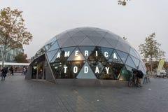 EINDHOVEN NETHERLAND - OKTOBER 17, 2017: Eindhoven Cityscape med Amerika shoppar i dag Arkivbilder