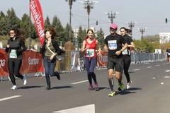 Eindig bij marathon in Boekarest royalty-vrije stock fotografie