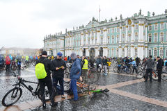 Eindig cirkelend op Paleisvierkant van St Petersburg stock foto