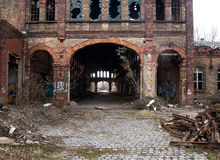 Eindrücke einer verlassenen industriellen Ruine stockfoto