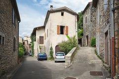 Eindruck des Dorfs Vogue n die Ardeche-Region von Frankreich lizenzfreies stockfoto