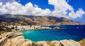Eindrucksvolle Ansicht von Andros, die Kykladen, Griechenland Lizenzfreies Stockfoto