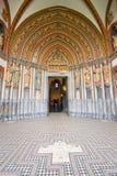 Eindrucksvoller holländischer Kircheeingang Stockbild