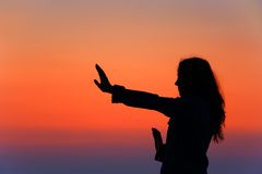 Eine aktive Frau lizenzfreie stockfotos