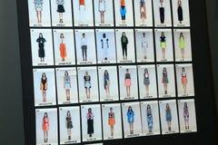 Eine allgemeine Atmosphärenbühne hinter dem vorhang während der Byblos-Show als Teil von Milan Fashion Week Stockbild