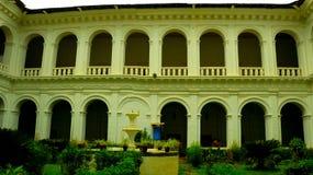 Eine alte Architektur mit Symmetrie Lizenzfreies Stockbild