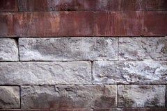 Eine alte Backsteinmauer Der Hintergrund wird von den Ziegelsteinen gemacht Muster der Struktur einer Backsteinmauer mit Maurerar Stockbilder