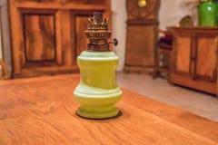 Eine alte Benzinlampe in einem Landhaus Lizenzfreies Stockbild