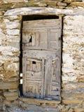 Eine alte griechische hölzerne Tür Stockbilder