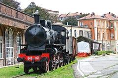 Eine alte Lokomotive Lizenzfreie Stockbilder
