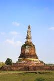 Eine alte Pagode auf einem Gebiet, Ayutthaya Stockfotos