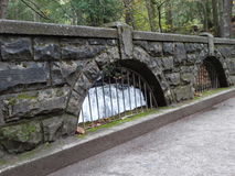 Eine alte Steinbrücke in Bellingham Stockbild