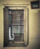 Eine alte alte Tür Stockfoto