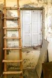 Eine alte alte Tür Lizenzfreie Stockfotos