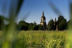Eine alte verlassene Kirche Stockfotografie