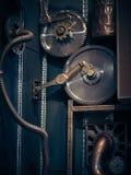 Eine alte Weinlesewand mit Mechanismen in der steampunk Art Stockbild